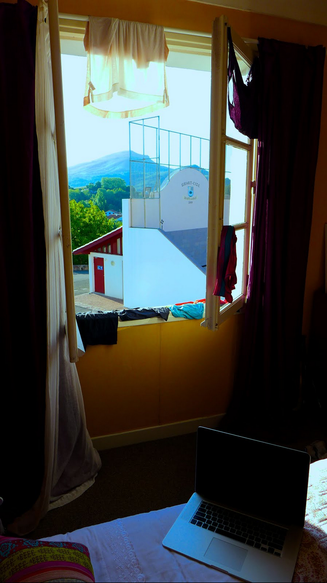 Laundry days require good clothing drying spots. What better spot to dry our stuff, than a place where we can also look out to the beauty of the Pyrenees Mountains? What a gorgeous day!